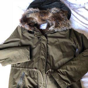 Zara Trafaluc Outerwear Green Parka with faux fur